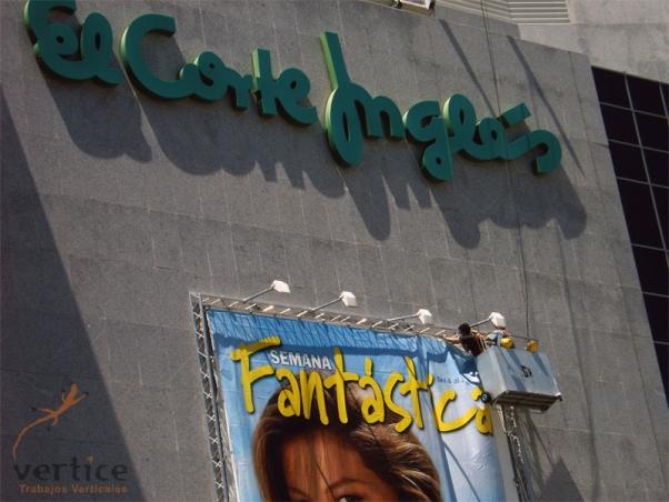 Montaje de lonas publicitarias - Corte Inglés de Badajoz